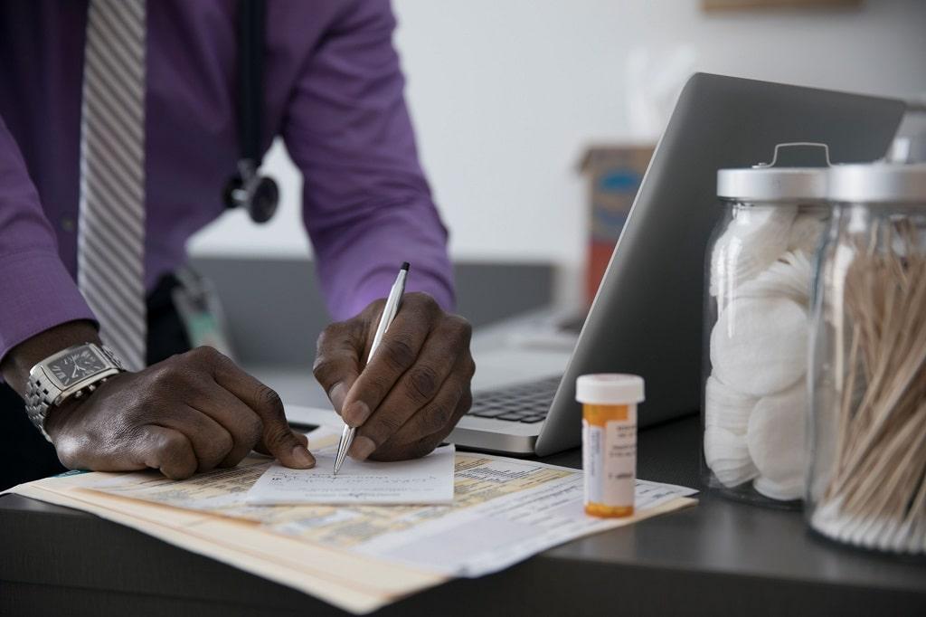 بوسپیرون یکی از داروهای درمان اختلال اضطراب فراگیر میباشد