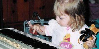 """کودکانی که """"پیانو"""" مینوازند"""