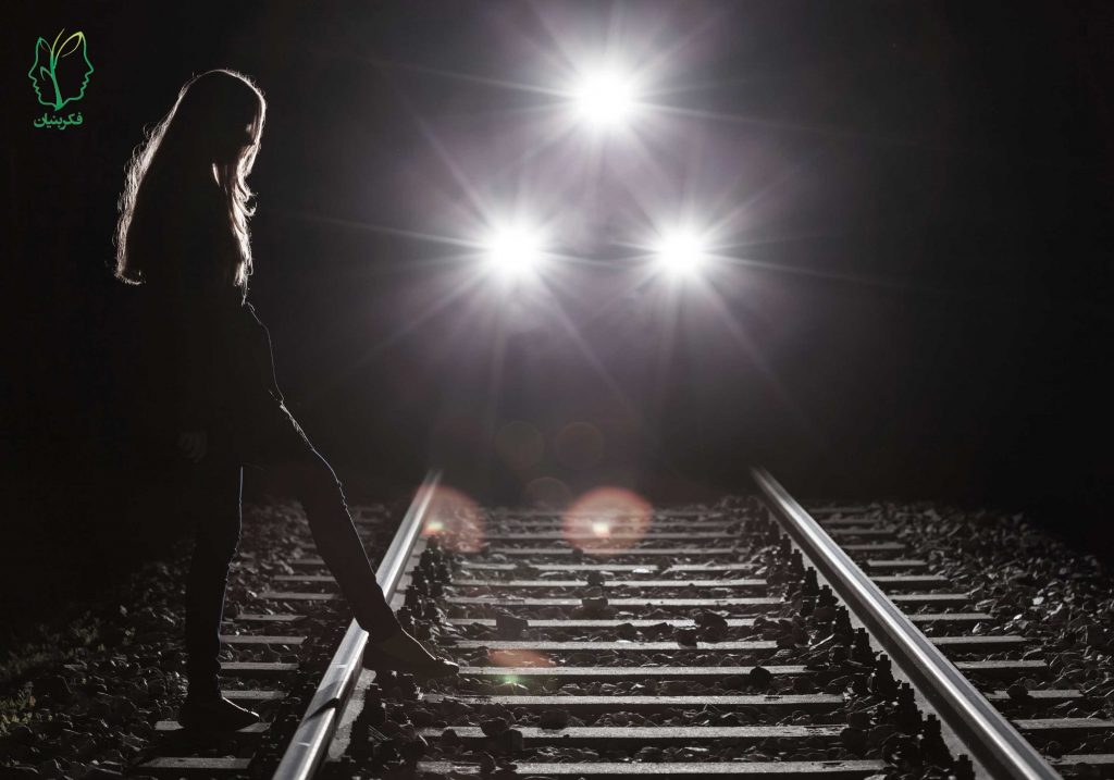 ده واکنش مخرب نسبت به فردی که قصد خودکشی دارد