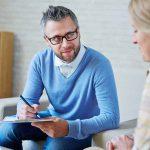 برای سلامت روان خود با یک روانشناس صحبت کنید