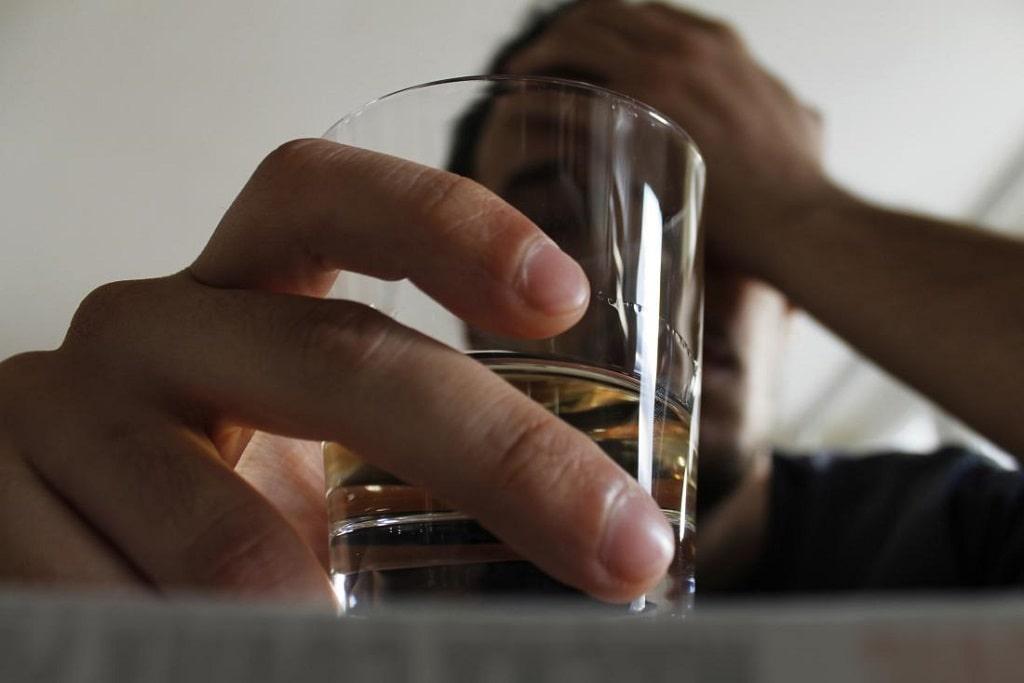 انواع اختلالات مرتبط با الکل