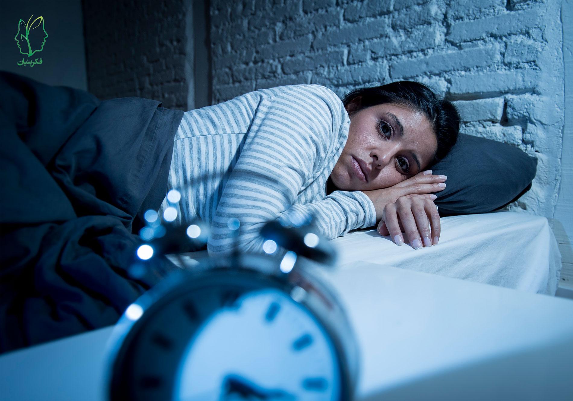 عواملی که باعث بیخوابی میشوند