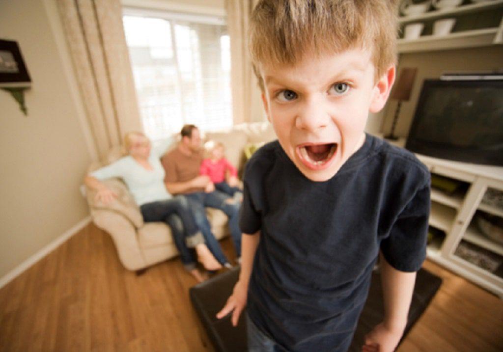 بی توجهی فعال یکی از راه های مقابله با لجبازی در کودکان است