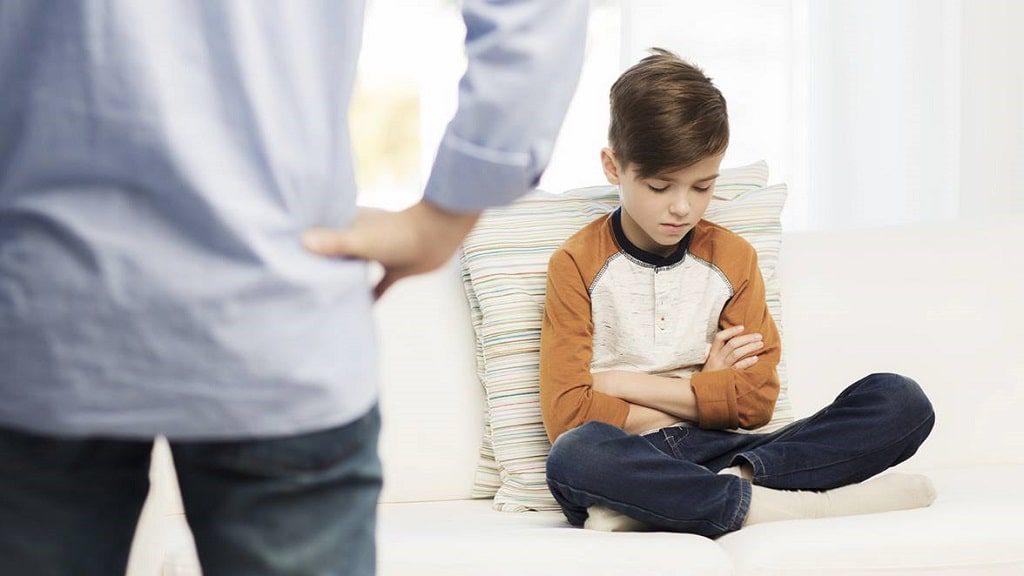 گاهی اوقات شیوه ی تربیتی والدین عامل بروز لجبازی در کودکان میشود