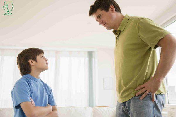 تربیت کودک: تحسین یا نادیده گرفتن رفتار کودکان