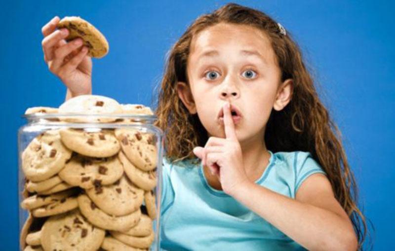 آیا دروغگویی در روند رشد کودک اثری میگذارد؟