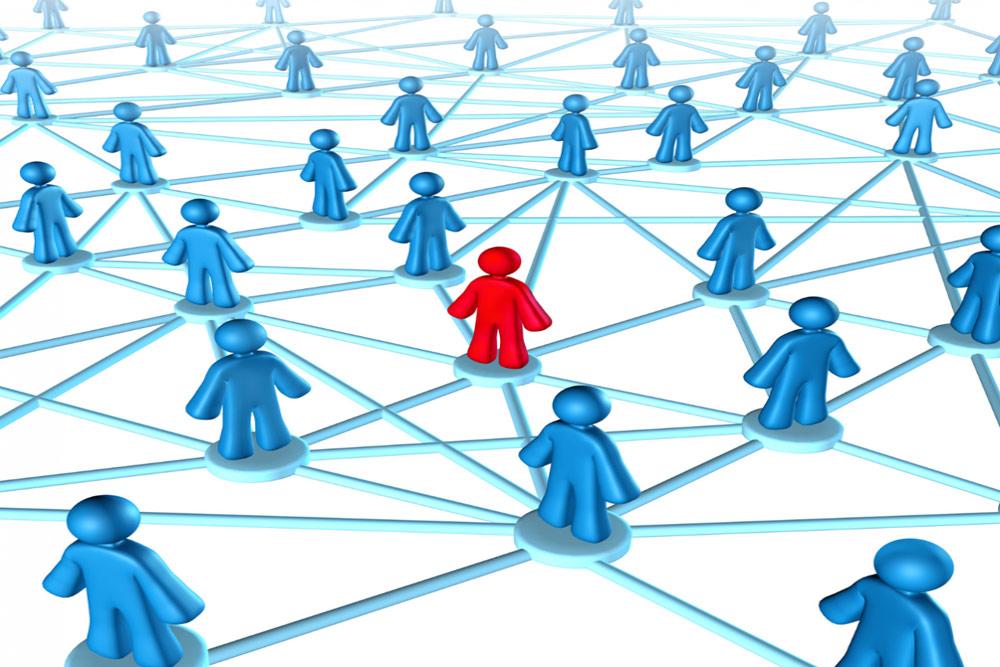 چگونه از طریق ملاقات با افراد ناآشنا شبکه اجتماعیتان را گسترش دهید؟