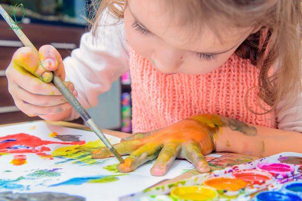 نقاشی کردن کودکان و تأثیر نقش آن بر رشد