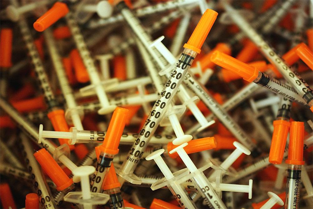 تزریق مواد