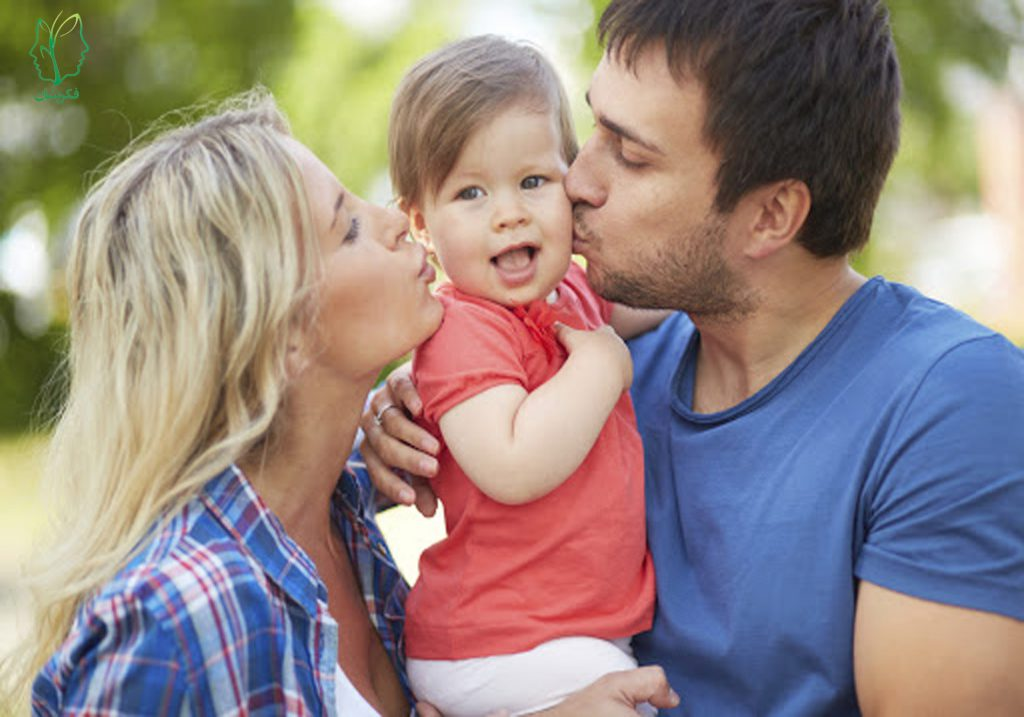 چه چیزی باعث دلگرمی کودکان میشود؟